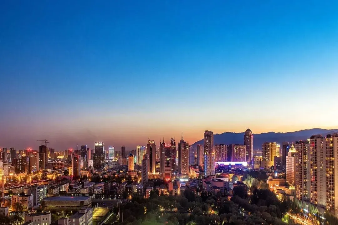 创新与美感并存,科技与运动共生 呼和浩特市首条智慧步道成功落地