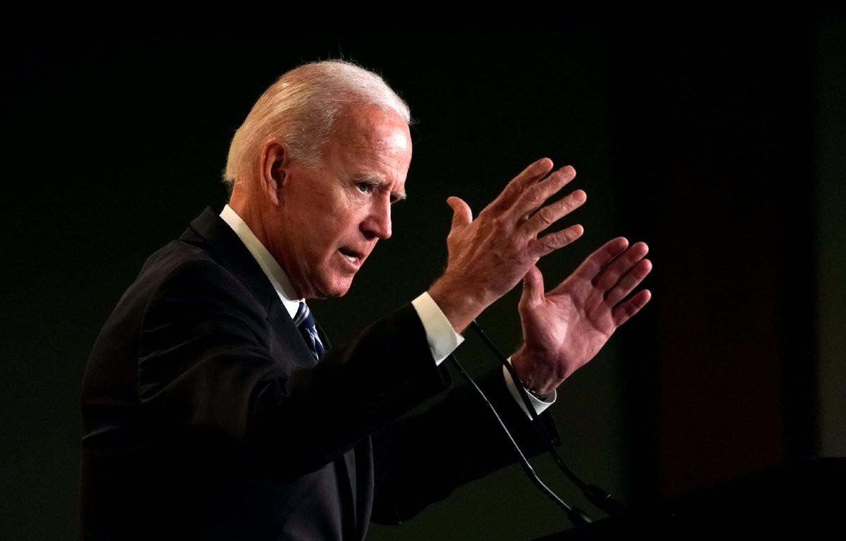 总统有了兵权就会一直想着打仗!发动空袭后,拜登兵权或被收回