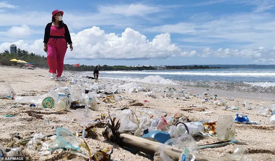 巴厘岛废了?游客骤减,垃圾成山。曾经的度假天堂发生了什么?