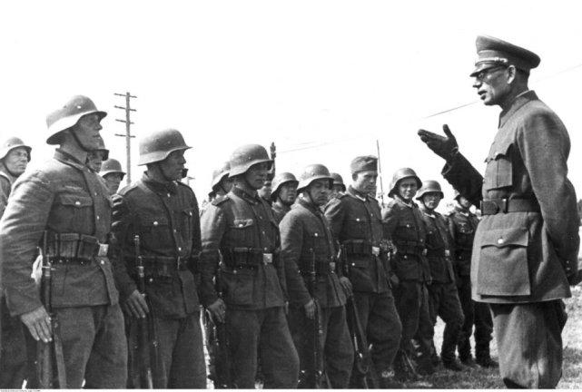儿子被德军俘虏,斯大林为何不救?揭秘斯大林长子死亡谜团