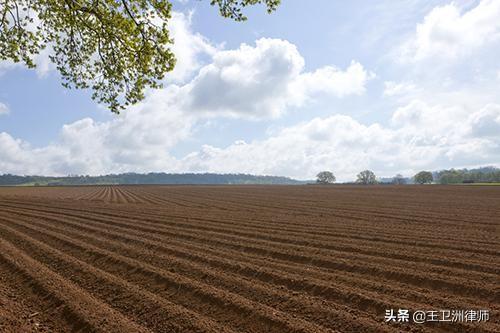 农民在自己耕路面上基础建设,会被拆装吗?不!仅有一种状况合理合法