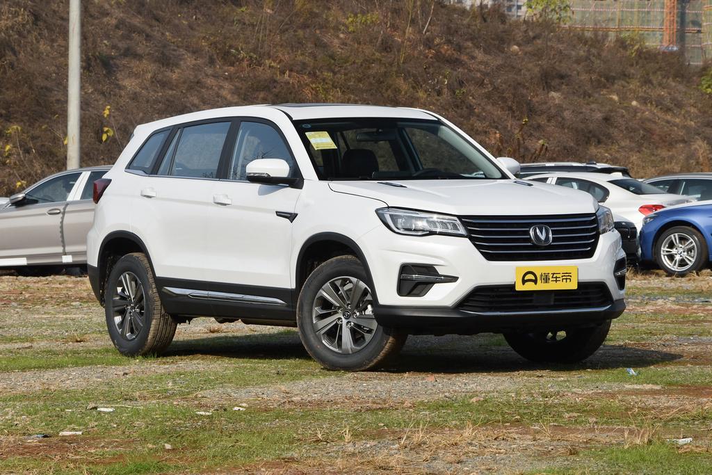長安最受歡迎的SUV,價格親民,1.5T爆178馬力,4個月賣了6萬多臺