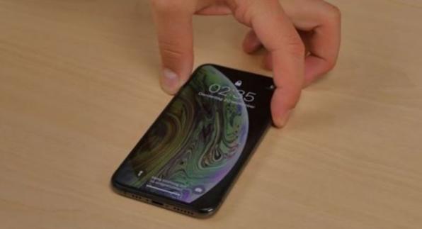 """苹果""""最强""""更新,iOS14超级续航,一整天都100%电量"""