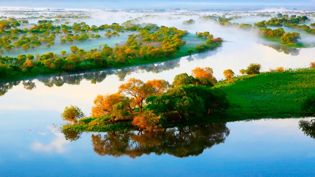 黑土湿地之都   诗画饶河 魅力边城