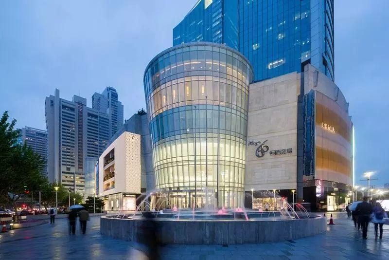Shopping Mall诱惑——《中国商界》