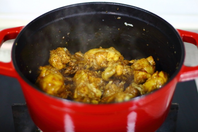 教你红烧鸡简单又好吃的方法,软烂多汁、鲜香入味,开胃又下饭! 美食做法 第7张