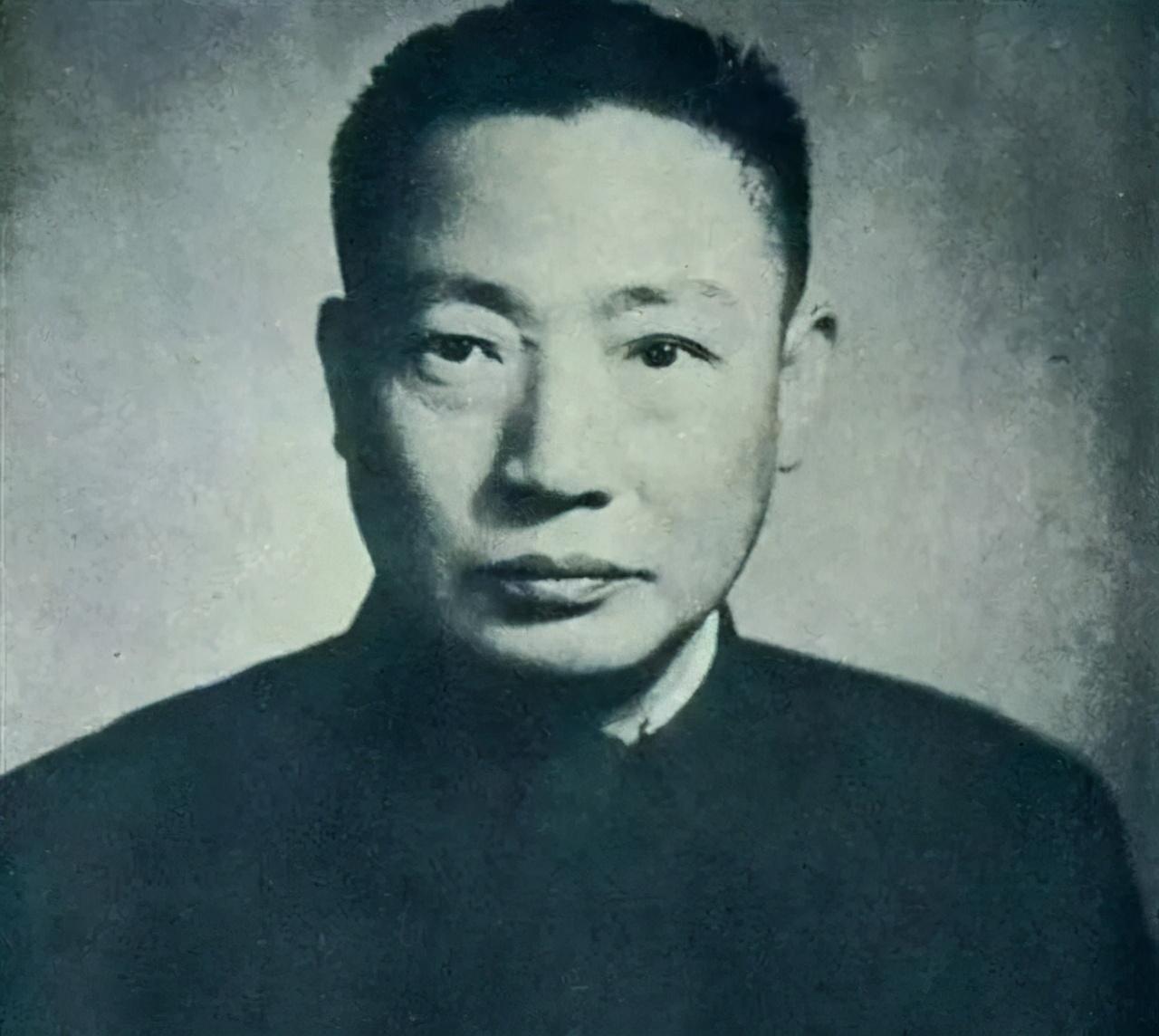 蒋介石自知大势已去,给毛人凤暗杀名单:两位曾结仇,一位曾结亲