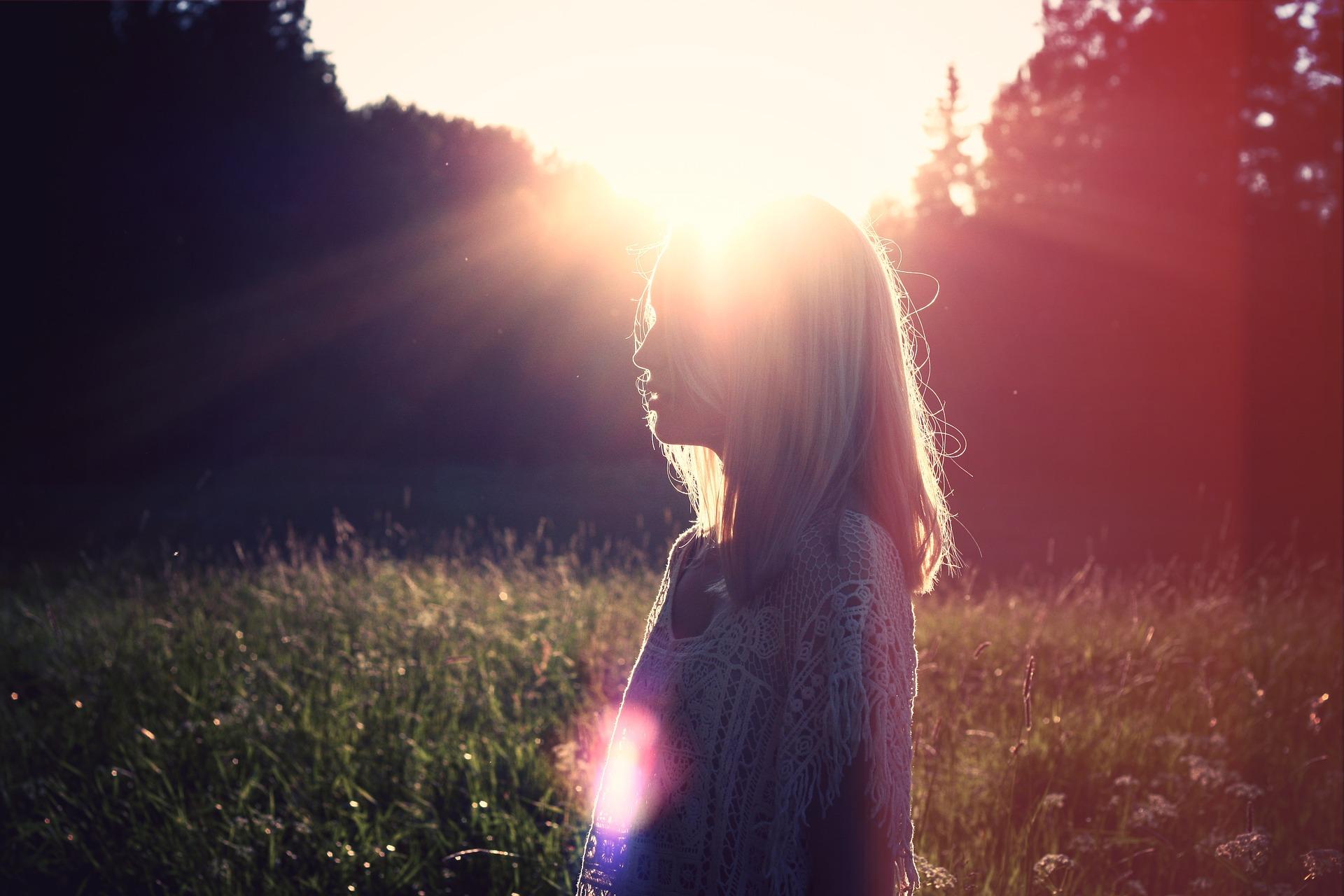 在两性关系中,情感价值占据着怎样的位置?