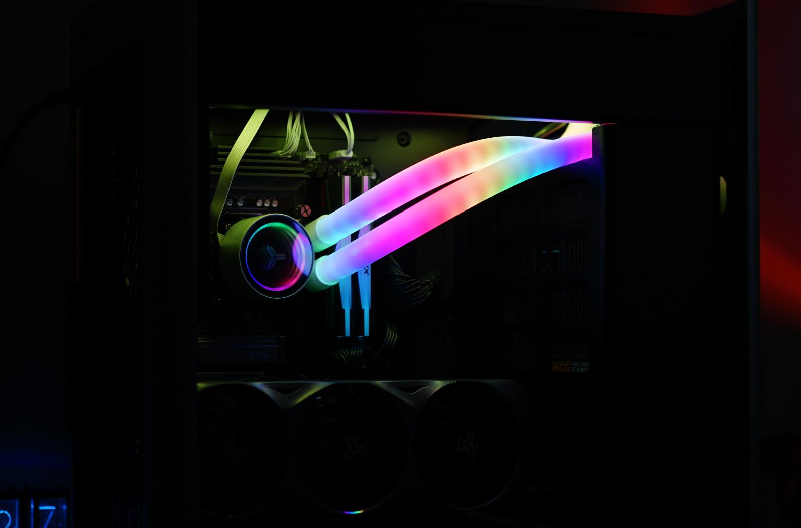 能压住不关AVX512的i7 11700K!这款乔思伯水冷的秘诀是RGB水管?