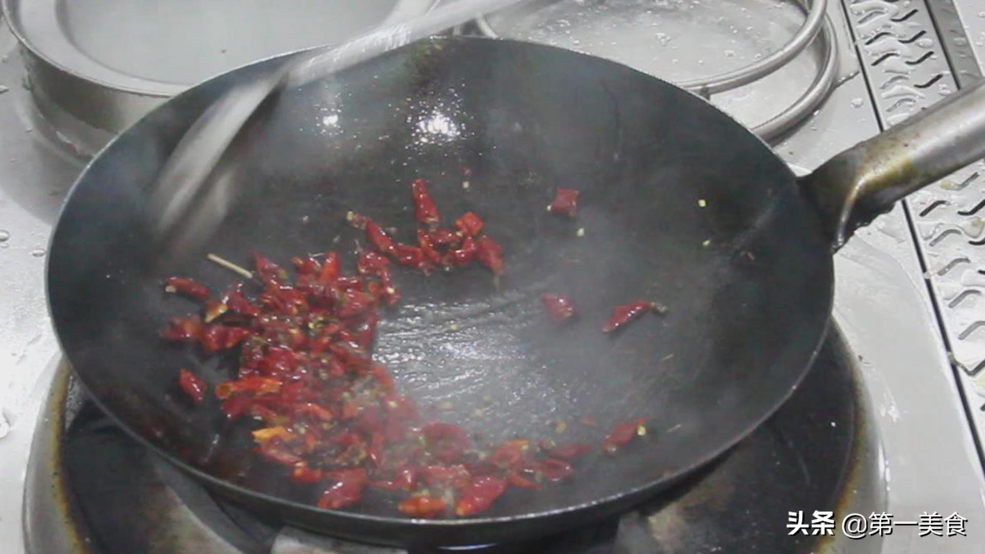 干煸豆角的家常做法,一招学会,在家轻松就能搞定 美食做法 第5张