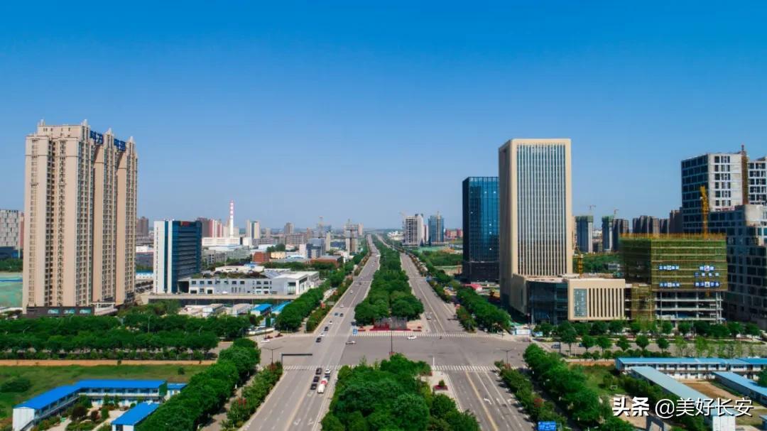媲美成都和重慶!西安城南終于有了超酷炫3D裸眼大屏