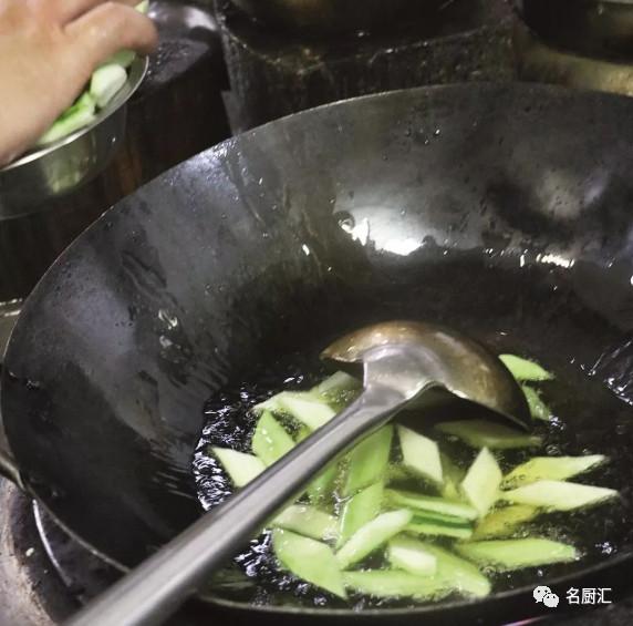 最新特色招牌菜《大厨必看》 亨饪技巧 第21张
