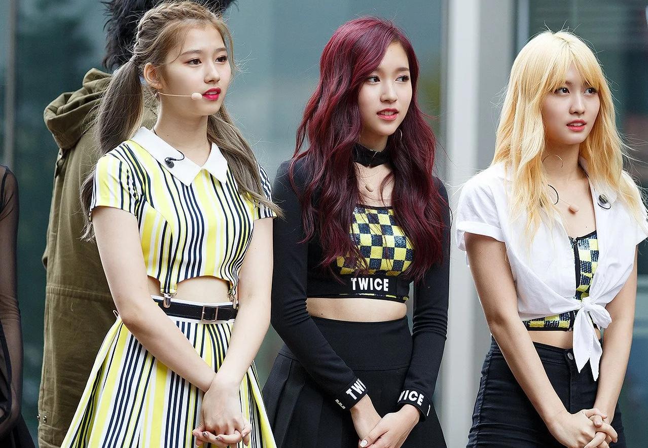韩国K-Pop偶像被恶意的网友经常以荒谬的理由批评他们