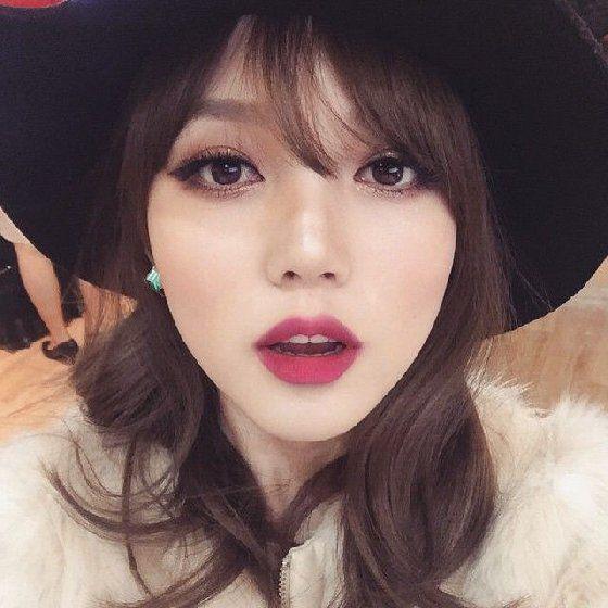 我不要看起来很奇怪!东方女孩专属的深色系唇彩使用守则