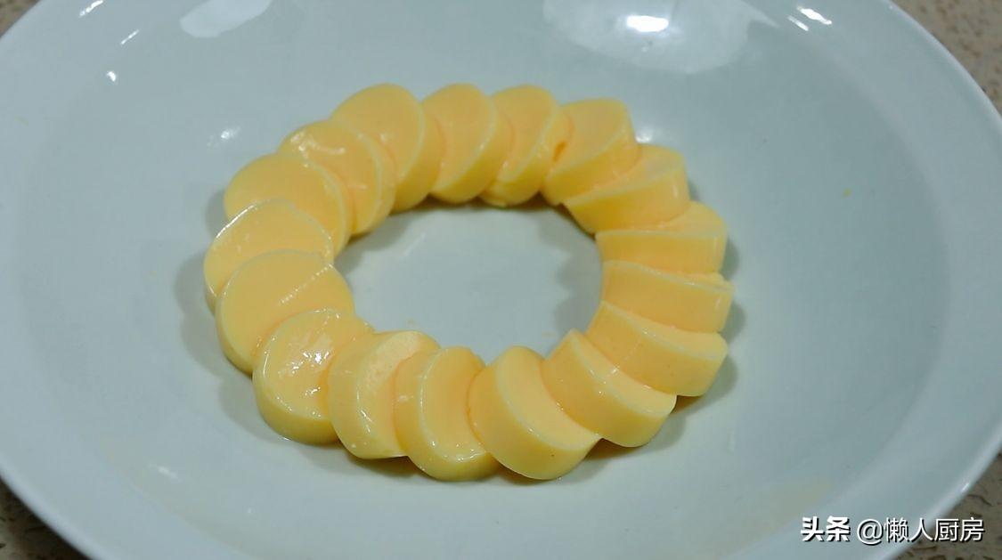 蒸雞蛋,別只會用老一套,加點它們,雞蛋又嫩又滑,擺盤又好看