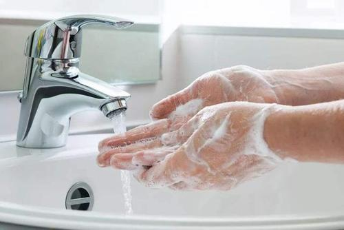 洗脸巾正确使用方法(洗脸巾使用方法图解)