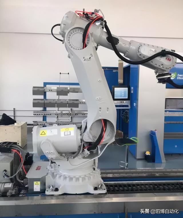 DeviceNet网关助力ABB机器人自动化生产线