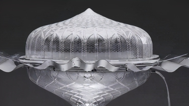 新西兰发明创意天窗!能将海水变饮用水,不通电也能照明