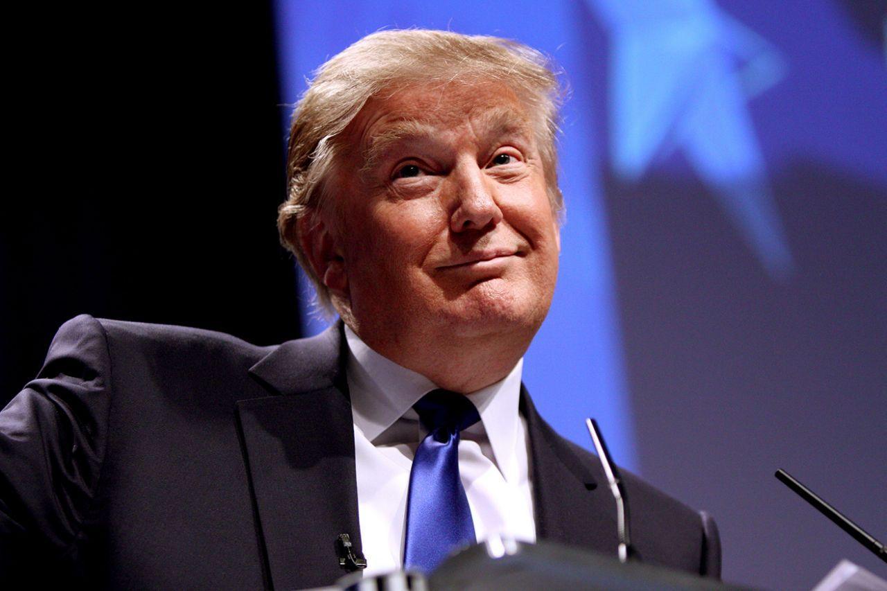 """拜登称普京为""""杀手"""",其实因为两大""""恨"""",美国也快撑不住了"""