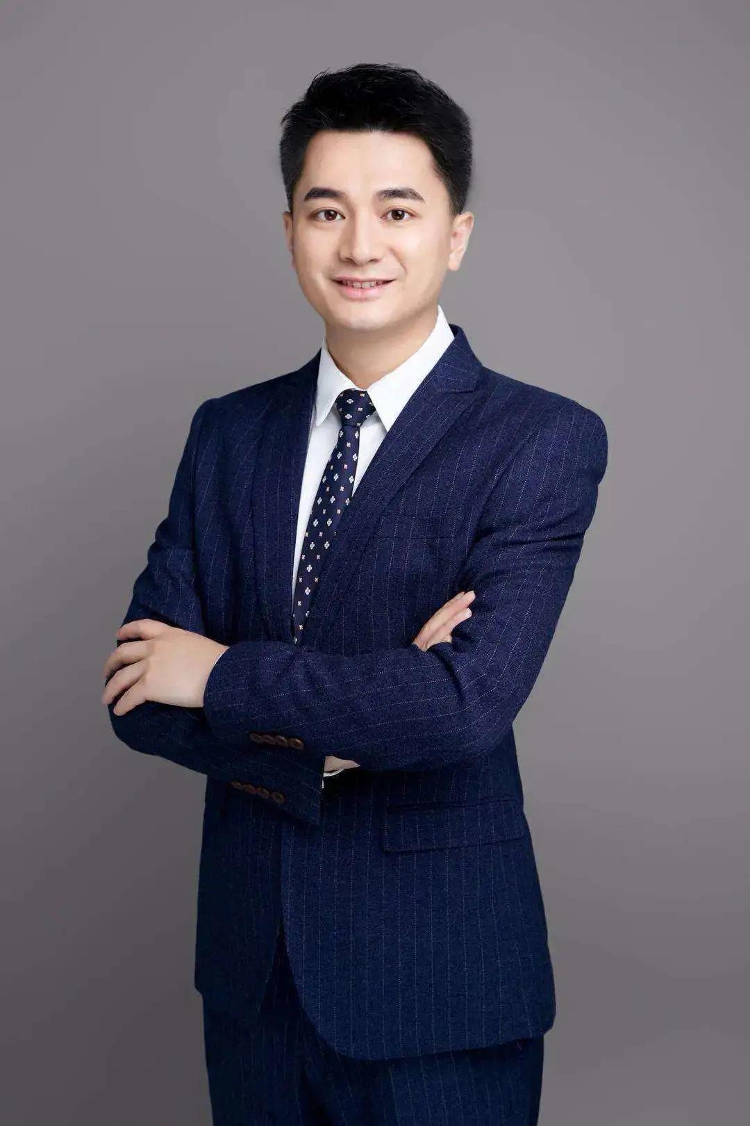 顶级基金经理陈皓:E基金三剑客之一,三只基金赚了200%