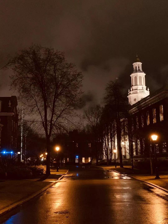 一个哈佛学生的24小时,你的孩子离名校的差距何止是智力水平