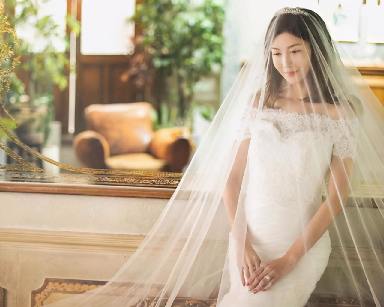 豪门梦碎!艾莉李彩桦和富豪离婚,结婚仅19个月