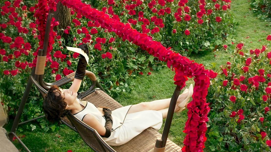 不愧是女孩的成长圣经~电影《喜宝》玫瑰城堡中演绎倾城绝恋