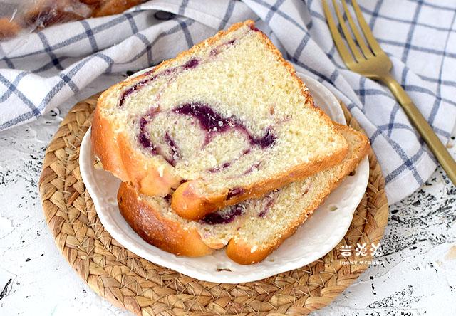 紫薯牛奶吐司的做法,省时省力,当早餐营养美味,每天多睡十分钟