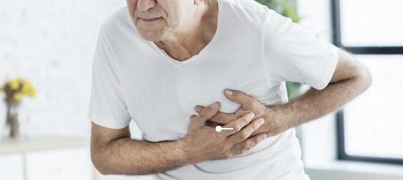 """早秋心梗高发期,警惕""""1热,2疼,3多"""",艾灸从源头预防"""