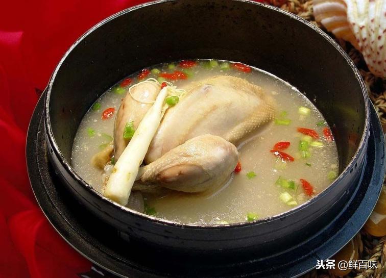 如何炖出好喝营养价值又高鸡汤,做到这几点让你鸡汤好喝10倍