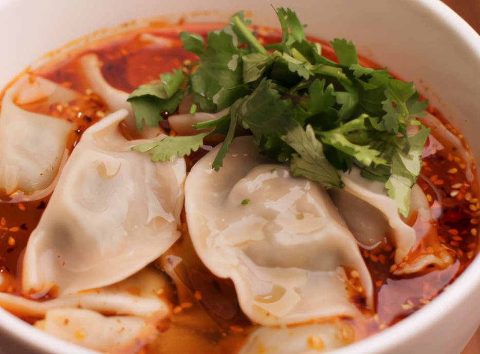 冬至吃连汤汁儿都不剩的酸汤饺子,不冻手不冻脚,鲜美多汁儿