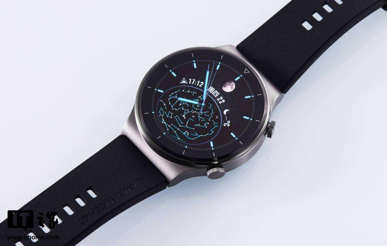 华为Watch GT 与Fitbit 旗舰智能表对决