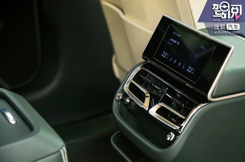 享受内燃机的荣耀高光时刻 试驾宾利全新飞驰/欧陆GT/添越