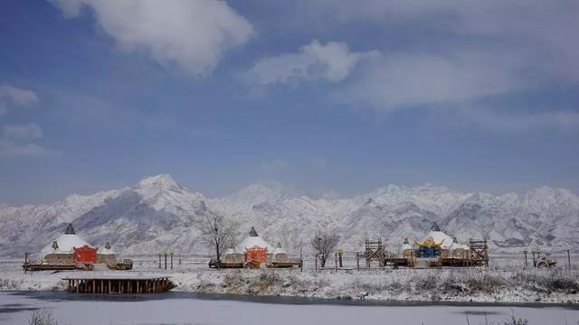 当冬天开始下雪,哈素海就是内蒙古的最红打卡地