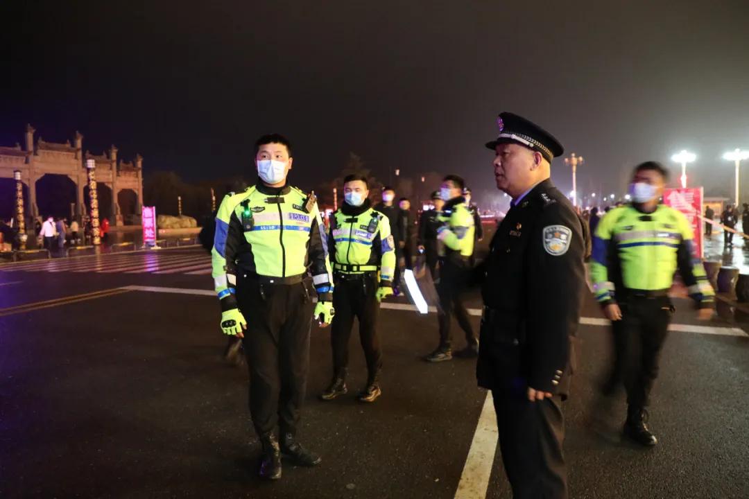 鹿邑县交警大队圆满完成老子诞辰拜典仪式交通安保工作