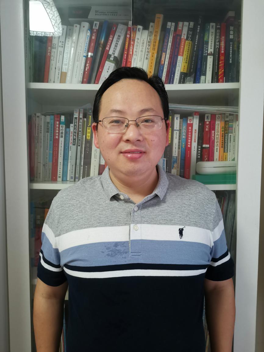 专访卡本副总经理张嵘:使命在左,责任在右