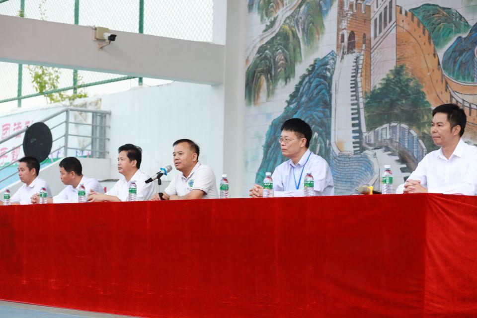 喜讯:廉江中学师生喜获多个全国和省市科技奖项