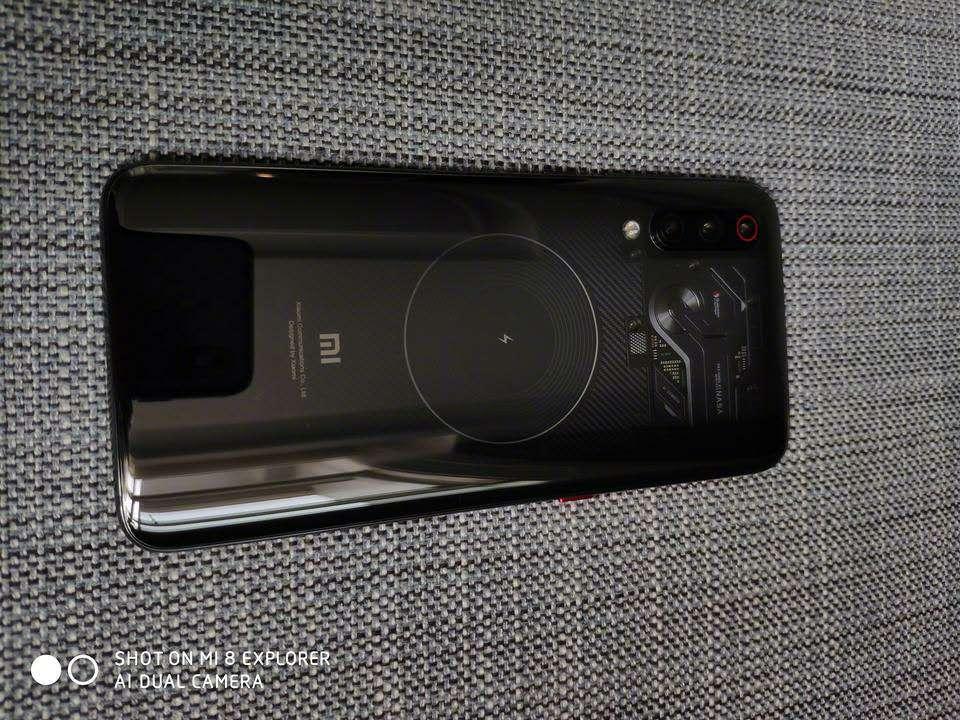 小米9透明悦享版真机发布 专业版市场价或3499元起