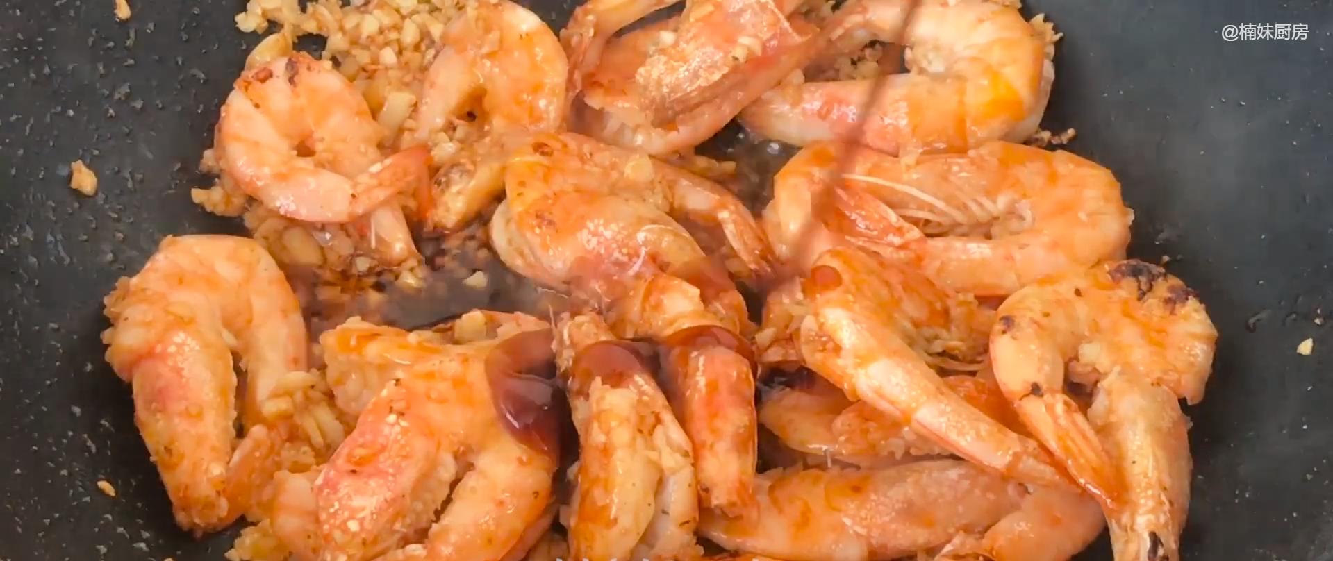 做大虾时,不要直接用水煮,教你正确做法,虾肉鲜嫩入味超好吃 美食做法 第12张