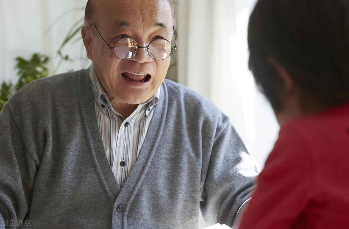 70歲老人哭訴:請住家保姆只為照顧自己,可誰曾想竟毀了我的餘生