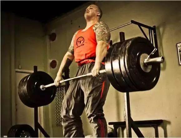 """你疯狂锻炼流的汗只是""""湿身"""",对减肥完全没用"""