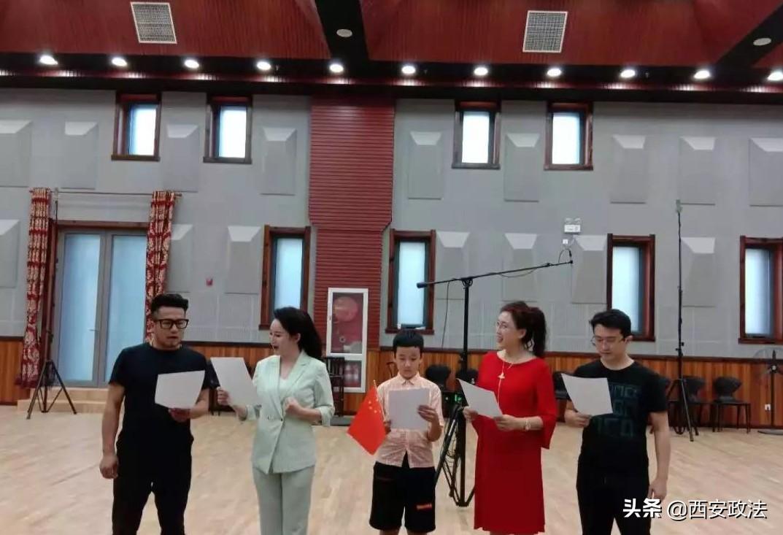 最新发布:《向中国香港警察致敬》歌曲新鲜出炉了