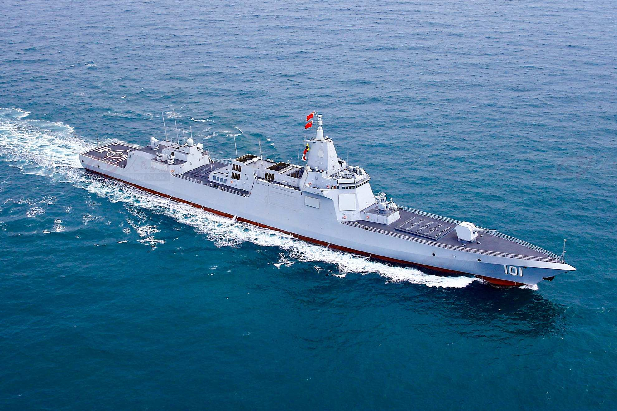 055型驱逐舰首次披露新能力!反隐身、反卫星为我军赢得关键优势