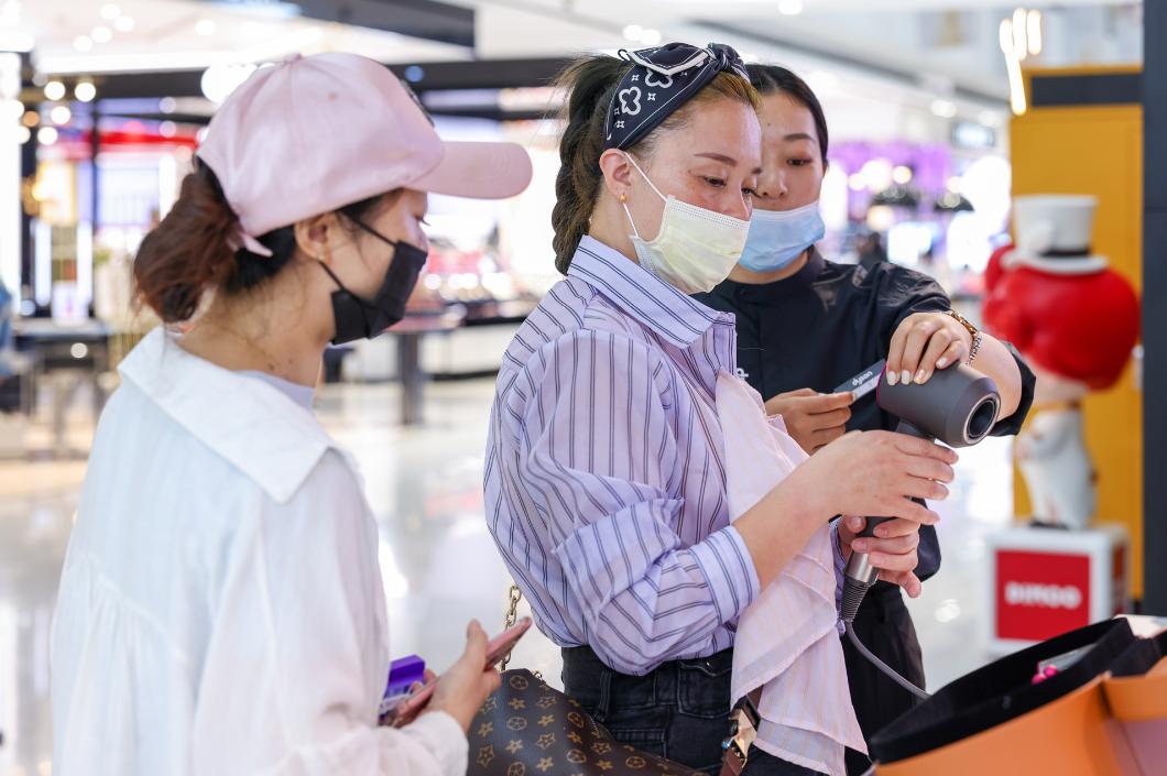 戴森温岭银泰店正式开幕,打造浙南家居生活新体验