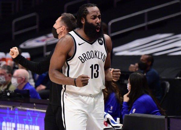 NBA直播:魔术vs篮网,哈登开启单挑模式,残阵魔术挡不住