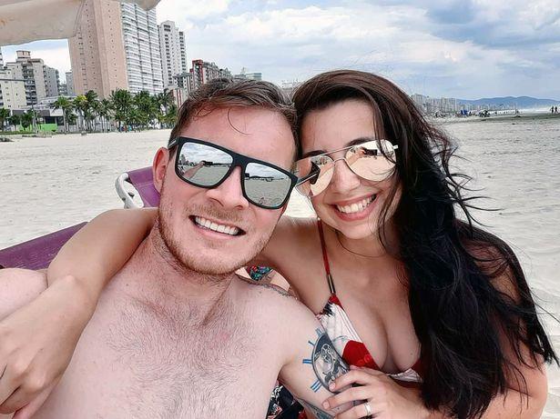 巴西男子刚与女友订完婚,跳入水中与朋友比赛游泳,不幸溺水身亡