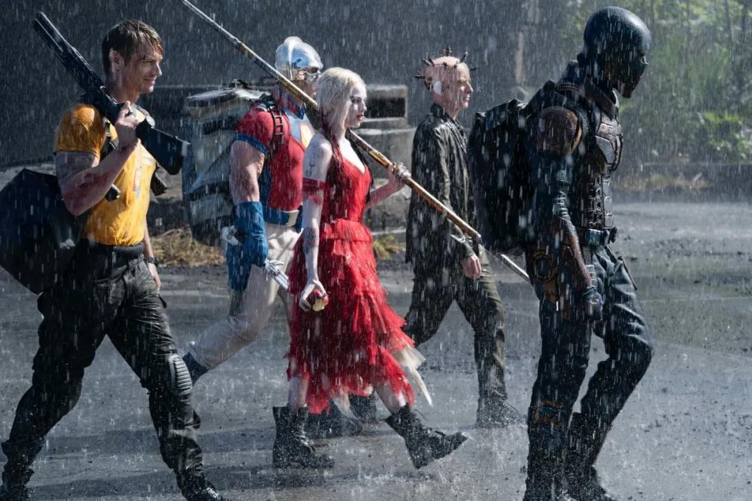 DC宇宙R级巨作,集搞笑、反转、重口于一身,这部电影太刺激了
