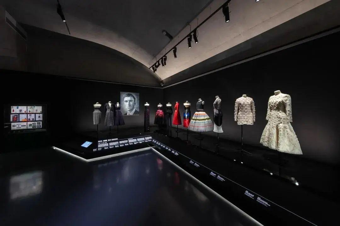从Dior设计师梦之展回顾往昔