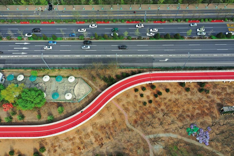 太原市滨河自行车道向市民开通活动举行