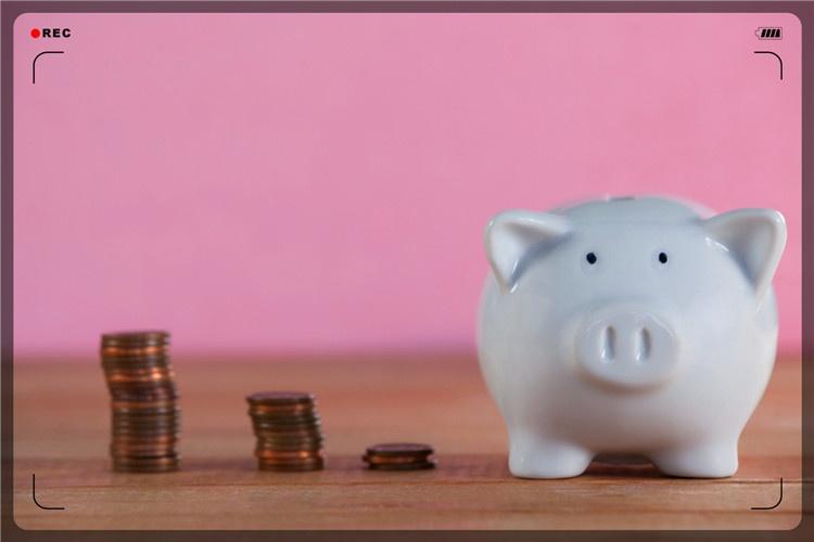 对于一个53岁的人,现在有哪些简单的小生意,能一年收入5万?